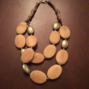 Jewelry - Beautiful chunky necklace!